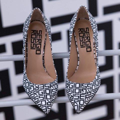 热门款全场4折Sergio Rossi 意大利顶级高跟鞋闪促 明星爱的纯手工艺术品