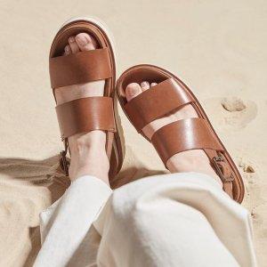 全场7折!€36就收芭蕾鞋Clarks 英伦风美鞋热卖 芭蕾鞋、乐福鞋、小白鞋、凉鞋都有