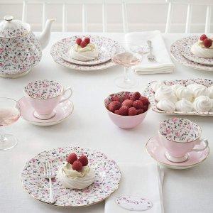 $85.99(原价$215) 节日送礼佳品Royal Albert 碎花玫瑰骨瓷茶壶+糖罐+奶杯套装