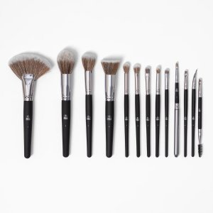 BH CosmeticsStudio Pro Brush Set