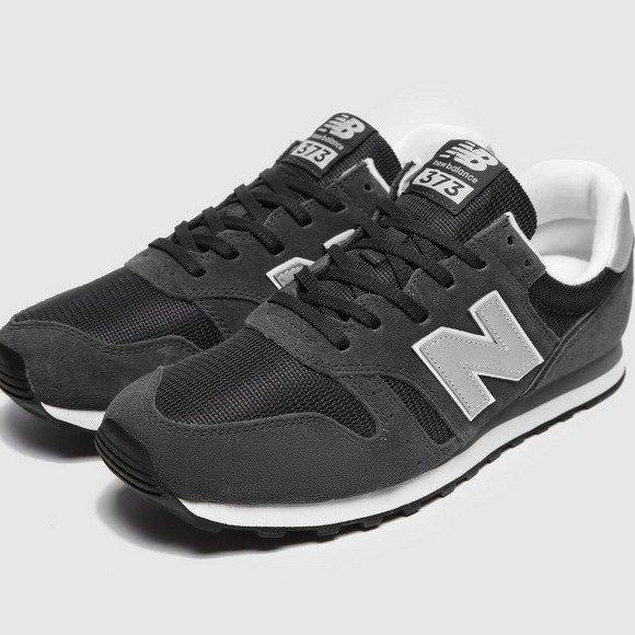 373 运动鞋