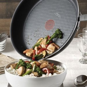 平底锅低至€9.9Tefal 法国红点煎锅热促 带油温提示 多种尺寸可选
