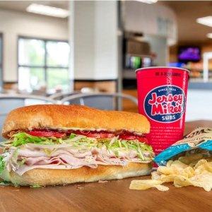 送一份Future Giant 三明治Jersey Mike's 新用户使用手机App下单,买任意三明治