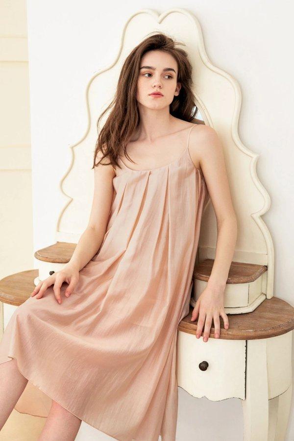 Paulette Pink 睡裙