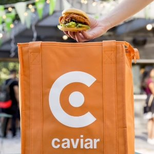 满$25减$5+免送餐费Caviar 新客户免费送餐折扣