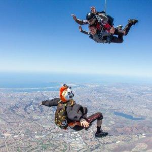 $159起 (原价$224起)加州圣地亚哥 13000英尺高空跳伞