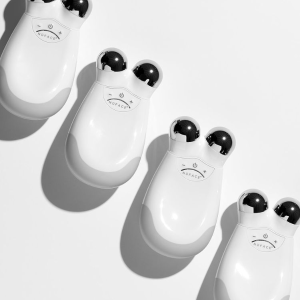 Mini2冰晶粉套装$220Nuface 美容仪专场 微电流黑科技 提拉紧致皱纹拜拜
