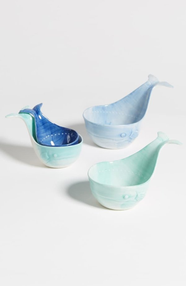 鲸鱼造型量杯套装