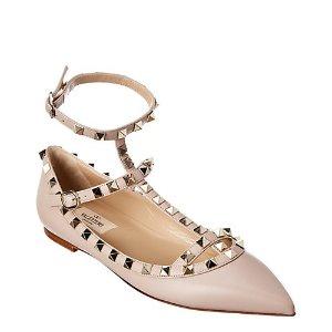 Valentino经典铆钉粉色芭蕾鞋