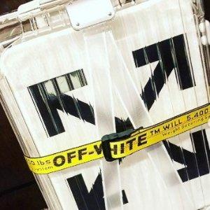 限量版手速抢OFF-WHITE X RIMOWA 联名合作爆款透明行李箱