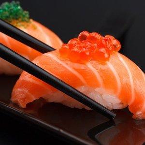 $18 (原价$42)Umi Sushi Express 一人份寿司套餐