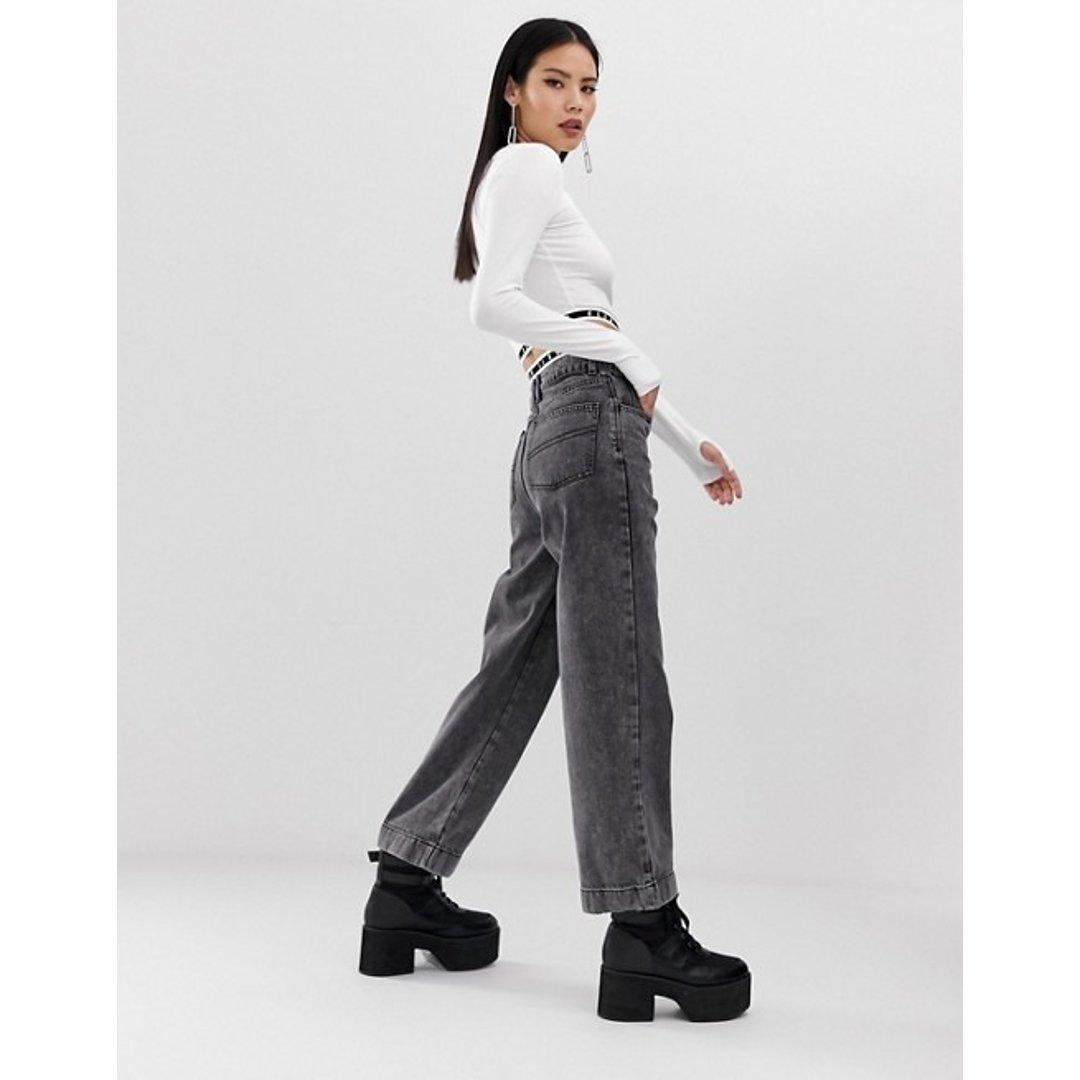 超显瘦灰色牛仔裤