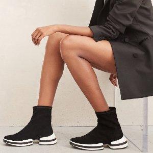 Extra 25% OffDealmoon Exclusive: Stuart Weitzman SW-612 Sneakers and Booties Sale