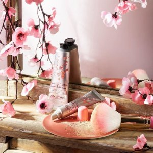 Free gift withMOTHER'S DAY GIFTS @ L'Occitane
