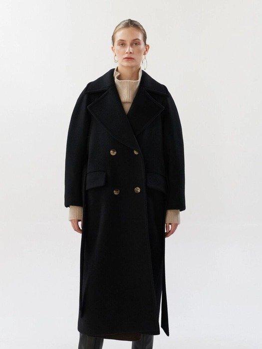 黑色长款大衣