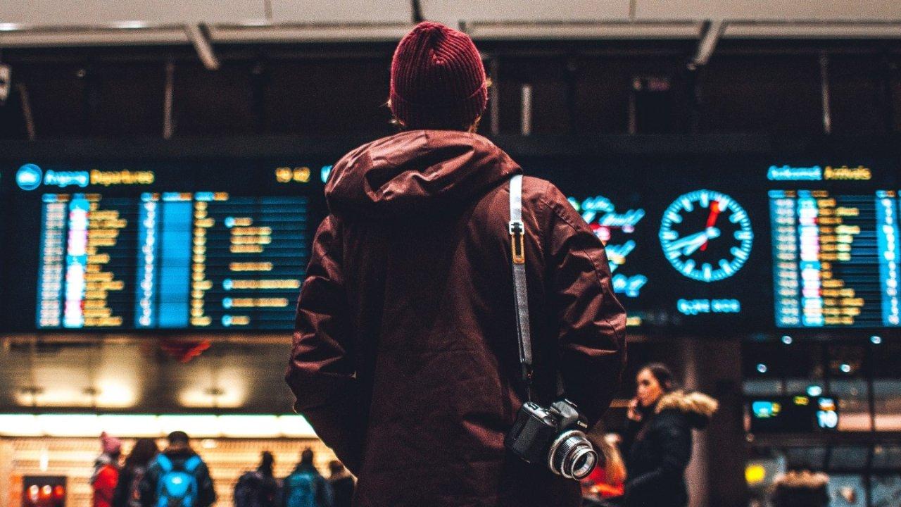 收藏!初到加拿大小白必看,机场英文标识有这些,入关必备英语这么说,机场申报表格应该这么写!