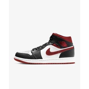 Nike黑红丝绒球鞋