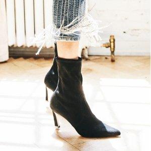 现价$200.99 (原价$575)Stuart Weitzman 经典 Rapture 袜靴热卖