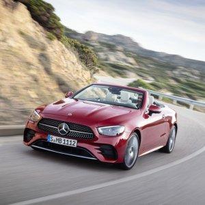车展取消 线上发布2021 Mercedes-Benz E级 双门版及敞篷版