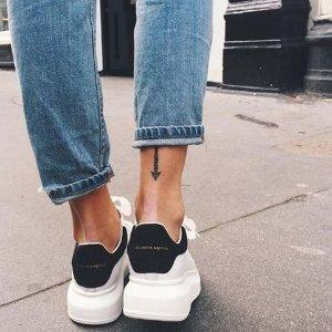 低至8.5折 金尾小白鞋396孤码热抢Alexander McQueen 精选美包、美鞋、配饰热卖
