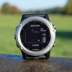 史低价$349.99(原价$499.58)限今天:Garmin fenix 3  HR多功能户外GPS智能腕表