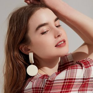 50% OffWomen's Accessories + Beauty @ Urban Outfitters
