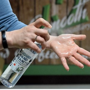 $14.99 超值装500mlCRE8抗菌免洗洗手喷雾 80%酒精含量 加拿大酿酒厂生产