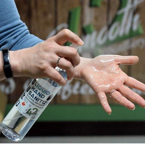 $18.49 超值装500mlCRE8抗菌免洗洗手喷雾 80%酒精含量 加拿大酿酒厂生产