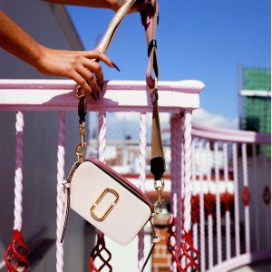 Up to 50% OffNew Arrivals: Marc Jacobs Bags on Sale