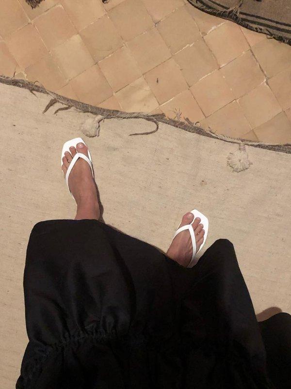 经典拖鞋 (Toteme)