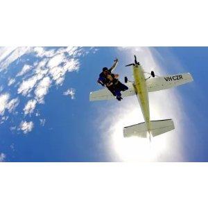优惠码RUSH40Newcastle 15,000ft 周一至周五跳伞