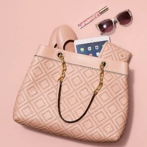 Last Day: Up To 70% OffTote Handbags Sale @ Tory Burch