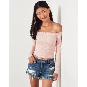 HollisterSmocked Off-The-Shoulder Crop Top