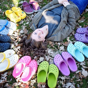 Buy 1 Get 1 60% OffShoes Sale @ Crocs