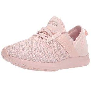 $19.03(原价$64.95)New Balance FuelCore 女子运动鞋 5码