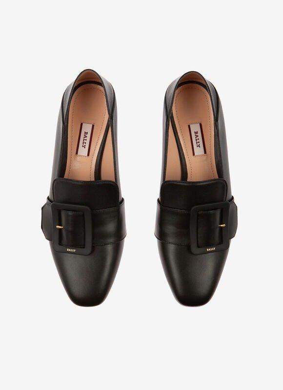 JANELLE 哑光方扣乐福鞋