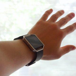 在过去的156小时里戴着两块运动手表是什么体验?小米vs.fitbit