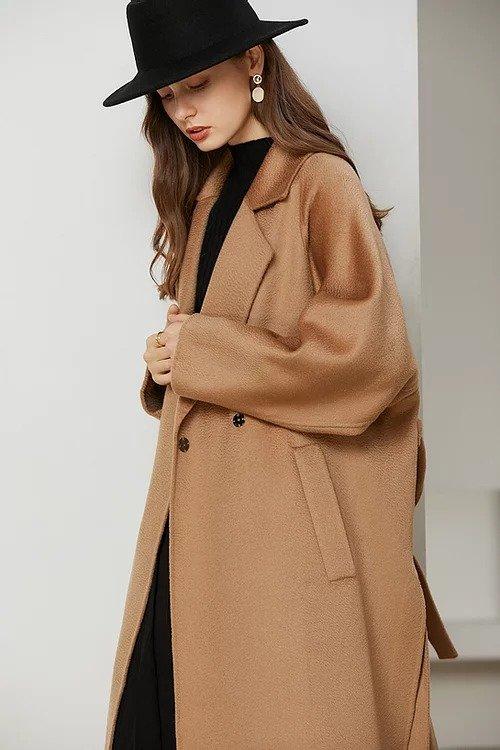 驼色经典款贝贝羊驼毛双面大衣