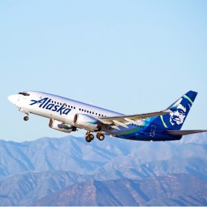 $262起 1月-3月极光季日期加州圣地亚哥--阿拉斯加安克雷奇 往返机票好价