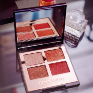 $53Charlotte Tilbury Luxury Palette of Pops Supersonic Girl