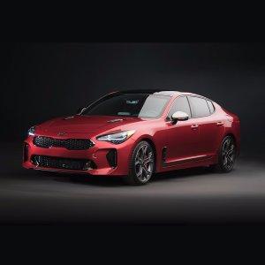 Kia首款性能轿车 365匹最大马力Kia最强GT轿车2018 Stinger正式亮相
