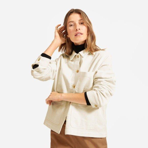 乳白色灯芯绒夹克