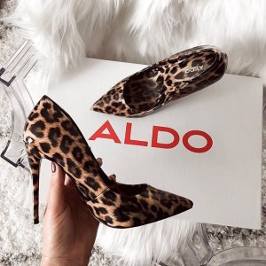 Up to 50% OffSelected Shoes and Bags for Women @ Aldo