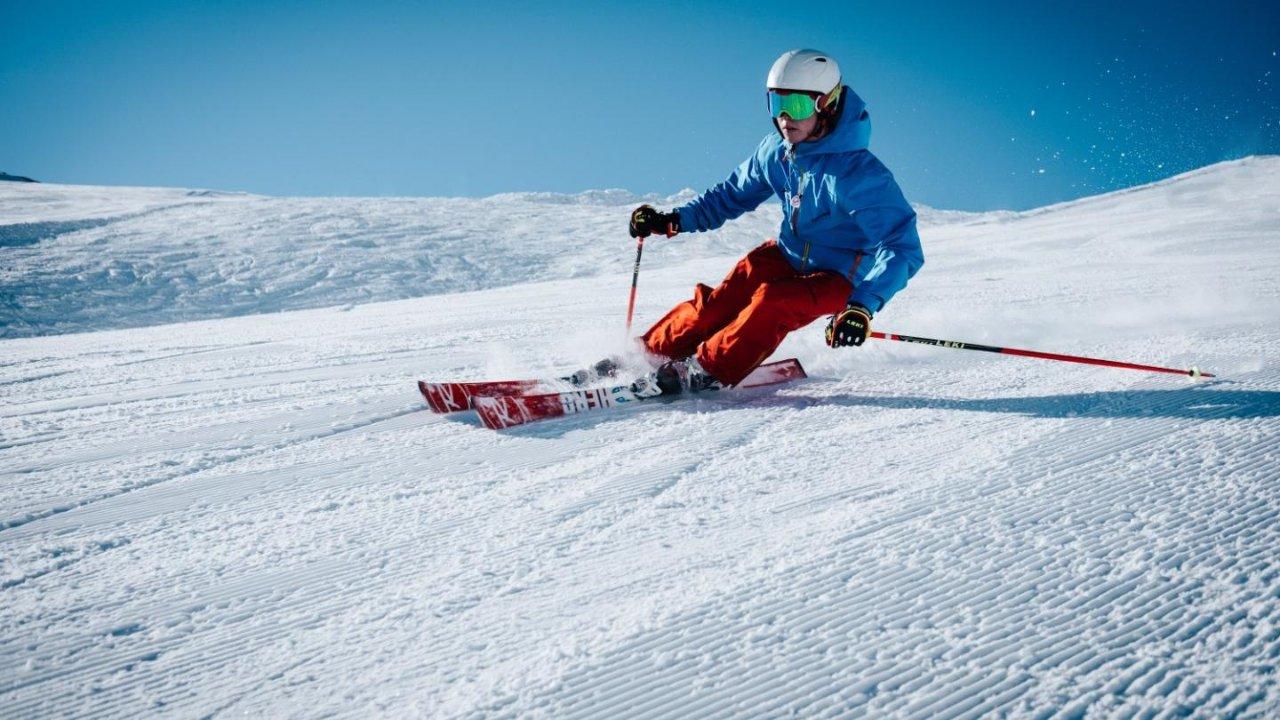 加拿大各类教练执照怎么考?滑雪、游泳、驾车、瑜伽...... 考完就能挣外快!