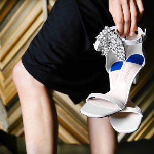 Up to $500 offStuart Weitzman Shoes @ Saks Fifth Avenue