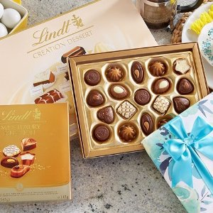 25% offselected chocolates gift boxes on sales @ Lindt