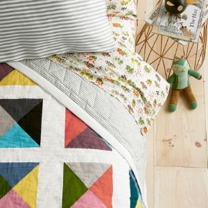 Up to 75% Off + Extra Up to 30% OffHome + Bedding @ Hanna Andersson
