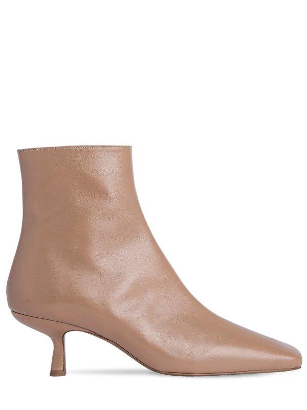 奶茶色短靴