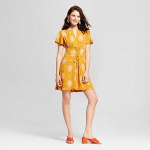 4242e9fb4 Buy 1 get 1 50% offWomen's Floral Print Short Sleeve Lace Up Front V-