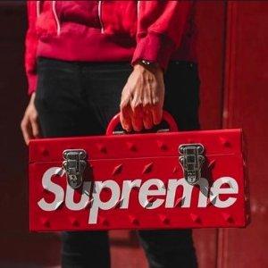 15% off allFlash Sale 15% off all Supreme + Palace apparel @ Stadium Goods